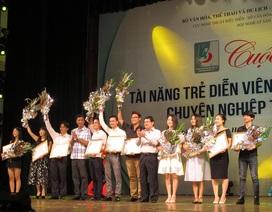 43 nghệ sĩ nhận huy chương vàng, bạc tại cuộc thi sân khấu chèo, tuồng