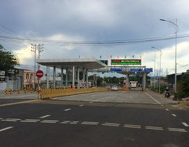 Nâng cấp 19 km đường, lập... 2 trạm thu phí (!)