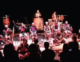 50 nghệ nhân biểu diễn trong Dàn nhạc dân tộc bản địa Việt Nam