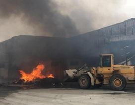 Nỗ lực tìm kiếm những công nhân nghi bị mắc kẹt trong vụ cháy cơ sở bánh kẹo