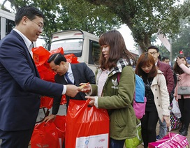 Gần 1.500 sinh viên lên chuyến xe miễn phí về quê ăn Tết