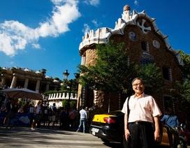 Từ những công trình của Gaudi ở Catalan nhớ nghệ thuật khảm sành sứ xứ Huế