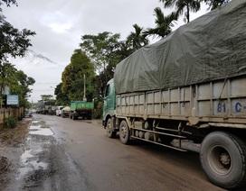 Quốc lộ nối với cao tốc Đà Nẵng - Quảng Ngãi quá tải, dân than trời