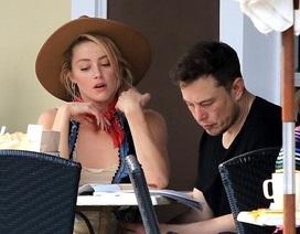 Amber Heard tái ngộ người tình tỷ phú