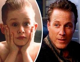 """Cuộc đời buồn bã của người cha trong phim """"Ở nhà một mình"""""""
