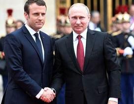 """Vì sao Paris chọn """"hướng đông""""?"""