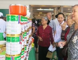 Gần 400 người cao tuổi được chăm sóc sức khoẻ, tư vấn dinh dưỡng
