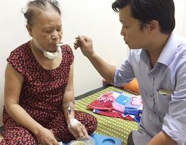 Cảm phục cảnh con rể chăm sóc mẹ bị ung thư bên giường bệnh