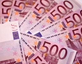 Nhà vệ sinh ở Thụy Sĩ bị tắc vì gần 120.000 USD tiền mặt