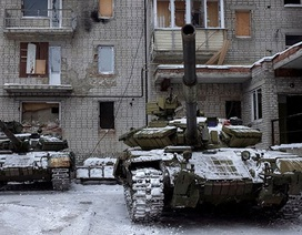 Giao tranh ác liệt, Ukraine dọa ban bố tình trạng thiết quân luật