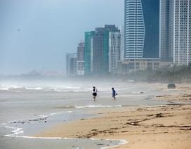 Đà Nẵng trong cơn ảnh hưởng bão số 12 trước thềm APEC