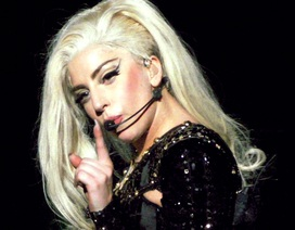 "Lady Gaga ""từ bỏ"" nghệ danh"