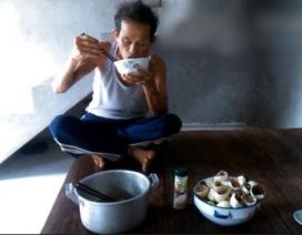 """Kỳ lạ dị nhân nửa thế kỷ không ngủ và """"thánh ăn"""" vô địch ở Hà Nội"""