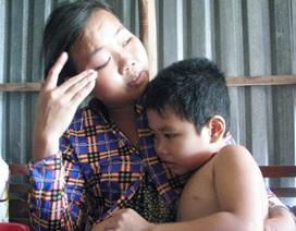 Nhói lòng trước cảnh run bần bật của bé 6 tuổi bị động kinh