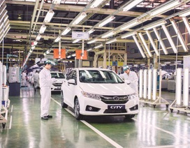 Điều kiện kinh doanh nhập khẩu ô tô - Lợi cho ai?