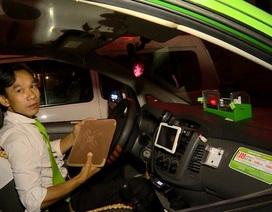 Tài xế taxi trả lại 45 triệu và iPad cho khách bỏ quên