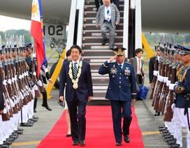 Thủ tướng Nhật trở thành khách quý đầu tiên của Tổng thống Philippines