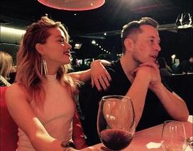 """Amber Heard bị tỷ phú công nghệ """"đá"""""""