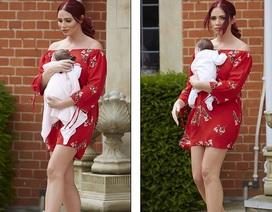 Người đẹp Anh quyến rũ đáng kinh ngạc sau vài tuần sinh nở
