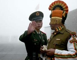 """Trung Quốc nói căng thẳng biên giới với Ấn Độ đang ở thời điểm """"nguy hiểm"""""""