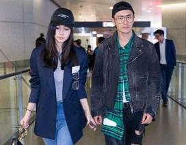 Angelababy hạnh phúc nắm tay Huỳnh Hiểu Minh tại sân bay