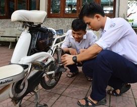 Học sinh cấp 3 chế tạo thiết bị giới hạn tốc độ xe đạp điện