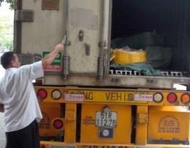 Bắt cả xe container chở nầm không nguồn gốc từ Bắc vào Nam tiêu thụ