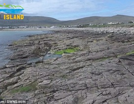 Bãi biển đột nhiên xuất hiện sau hơn 30 năm biến mất