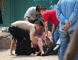 Người đàn ông ngoại quốc bốc cháy, rơi từ tầng 5 xuống đất tử vong