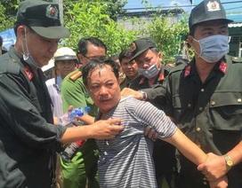 Nghi can đâm thủng bụng Trưởng phòng tư pháp huyện bị khởi tố