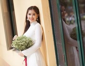 Nữ sinh Đại học Công đoàn đẹp dịu dàng trong bộ ảnh kỷ yếu