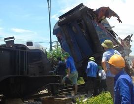 Khởi tố vụ tàu hỏa bị lật do va chạm với máy xúc tại Quảng Bình