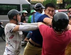 Du khách nước ngoài bị 4-5 thanh niên đánh trên đường lên Sa Pa