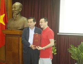 NSND Anh Tú chính thức nhận quyết định phụ trách Nhà hát Kịch Việt Nam