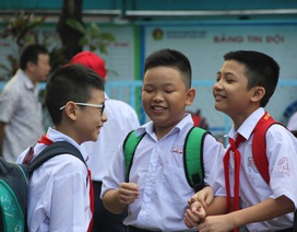TPHCM: 1,5 triệu học sinh tựu trường