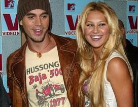 """Enrique Iglesias và cựu """"công chúa làng quần vợt"""" đón cặp sinh đôi đầu lòng"""