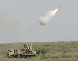 Nga triển khai 2 trung đoàn S-400 và Pantsir-S tới Crimea