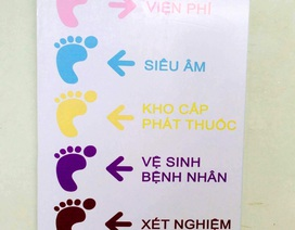 """Dùng chỉ dẫn """"dấu chân màu"""" cho bệnh nhân mắt"""