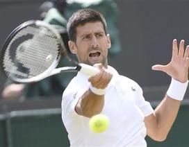 """Wimbledon: Djokovic """"bắt nạt"""" đàn em Pavlasek"""