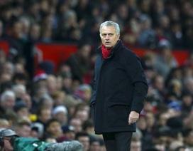 Mourinho sẽ làm gì để Man Utd qua cơn mộng mị?