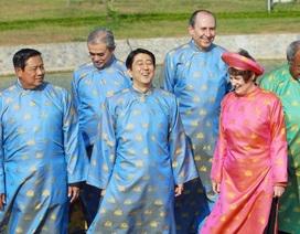 Ấn tượng trang phục truyền thống các chủ nhà APEC