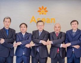 """Bệnh viện thẩm mỹ Asean -  Dr. Preecha và cái """"bắt tay"""" quan trọng"""