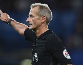Trọng tài mang may mắn cho MU bắt trận derby Manchester