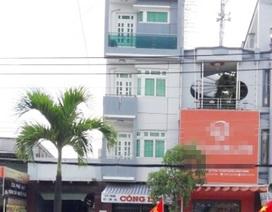 Doanh nghiệp tặng xe cho tỉnh Cà Mau bị kiện đòi 100 tỷ đồng