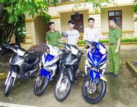 Bắt 2 đối tượng đột nhập kho chứa hàng trộm 3 xe máy