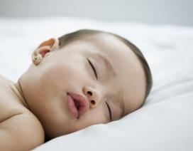"""6 mẹo """"luyện ngủ ngoan"""" cho bé sơ sinh"""