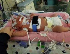 Hy hữu trẻ sơ sinh tử vong vì lây viêm màng não qua nụ hôn