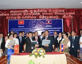 Chuyển giao kỹ thuật, đào tạo miễn phí và hỗ trợ dịch vụ y tế cho nước bạn Lào