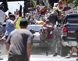 Xe lao vào đám đông trong biểu tình tại Mỹ, ít nhất 1 người chết