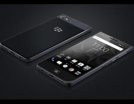 Smartphone chống nước đầu tiên của BlackBerry chính thức trình làng